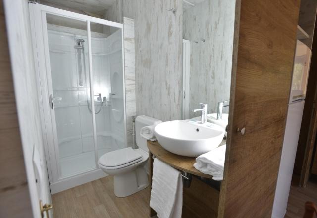 Toilette Lodge Tent Safari   Torre del Porticciolo